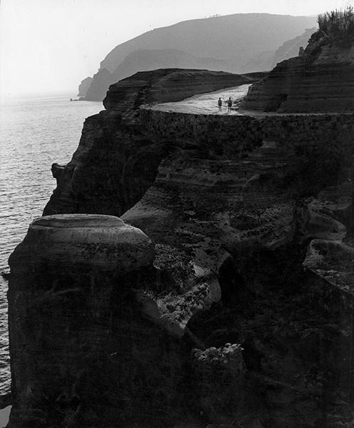 Ischia. Cliff, 1953
