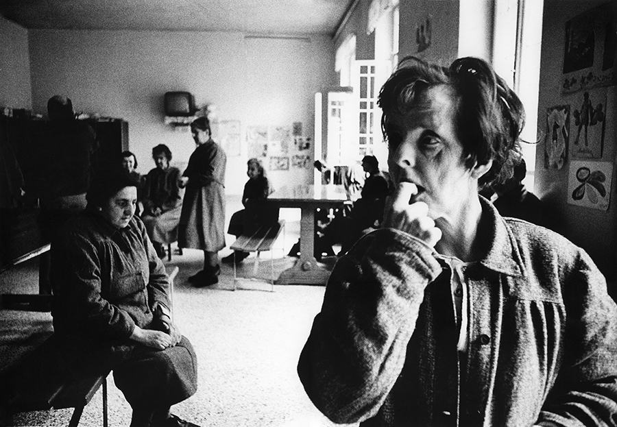 Florence. Psychiatric Hospital, 1968